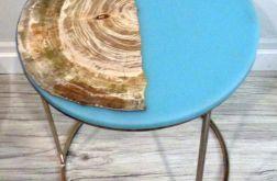Stolik kawowy topolowy z turkusowo żywicą