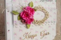 Księga Gości z magnoliami