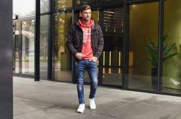 Jak i z czym nosić jeansy męskie?