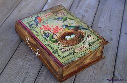 Pudełko w kształcie książki, dla mola książkowego