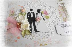 Kartka ślubna z Parą Młodą w pudełku