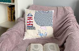 Latarnia na plaży - dekoracyjna poduszka