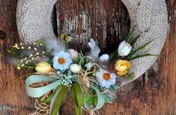 Wielkanocny wianek w sweterku 3