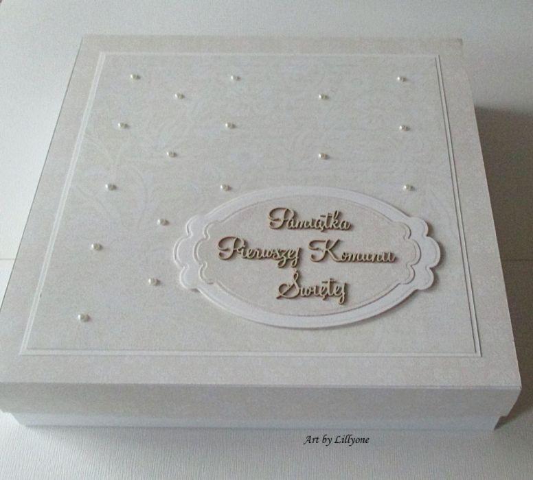 Album na Pierwszą Komunię Świętą w pudełku
