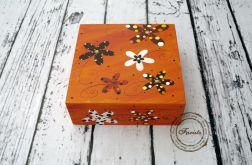 pudełko duże kwiaty pomarańczowy