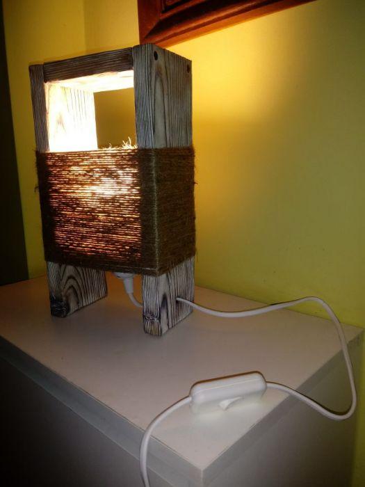 Lampka nocna stołowa