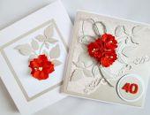 Kartka ROCZNICA ŚLUBU z czerwonymi kwiatami