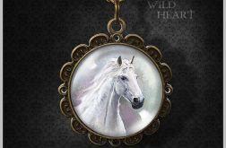 Medalion, naszyjnik - Biały koń - antyczny brąz