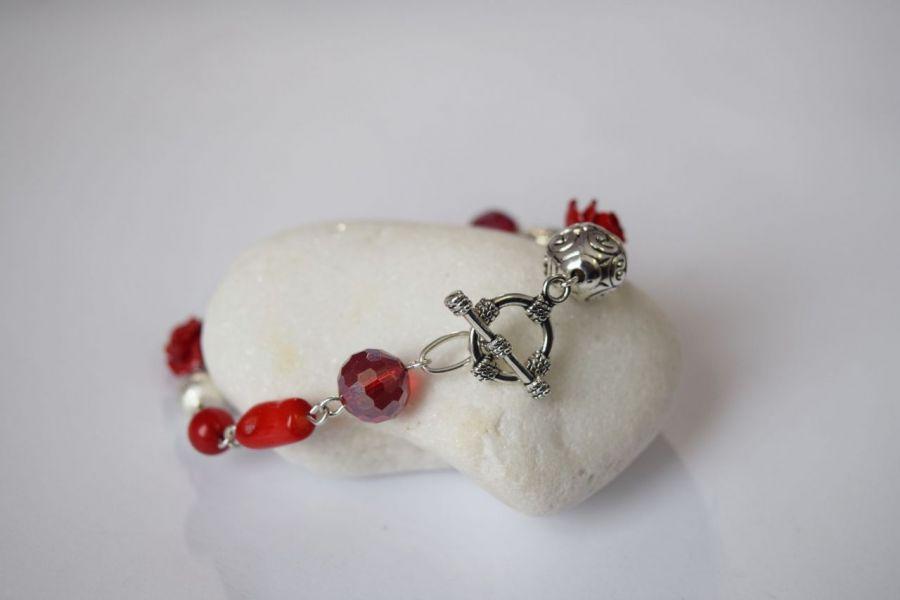 Bransoletka czerwono-srebrna
