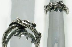 Obrączka srebrna gałązka.