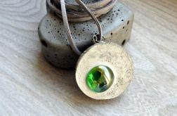 Zawieszka z BETONU z zielonym szkłem