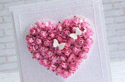 Róże, motyle na ślub