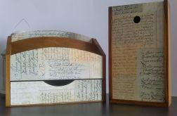 Listownik z szufladką Napisy