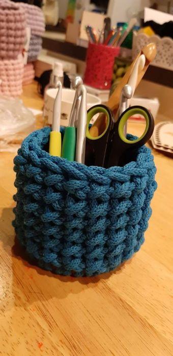 Koszyk na długopisy, kredki, gumki - W dowolnym kolorze
