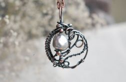 Z perłą - naszyjnik z wisiorem z perłą rzeczną