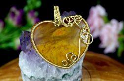 Pietersyt, mosiężny wisior w kształcie serca