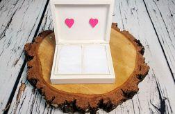 Białe pudełko na obrączki love