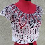 Krótka bluzeczka S - szydełkowa