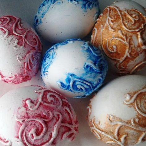 Kurze Jajeczka Kolorowe
