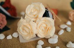 Bukiet róż z filcu - jaśmin