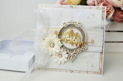 BIAŁO-BEżOWA kartka ślubna w pudełku
