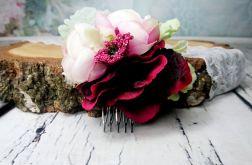 Bordowo różowy grzebyk z zielenią