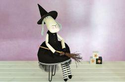 lala lalka przytulanka zabawka owieczka Witch
