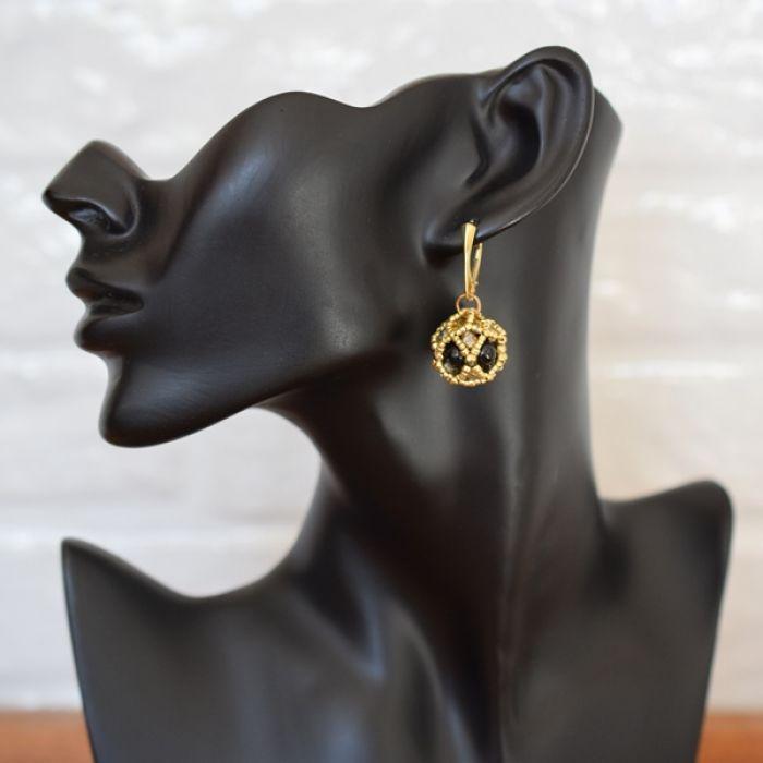 Kolczyki czarno-złote kule -