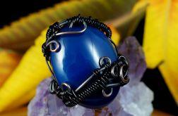Miedziany pierścionek z niebieski agatem