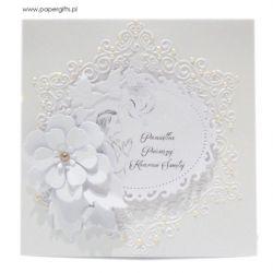 Pamiątka Komunii Św. biała z kwiatem i wiankiem
