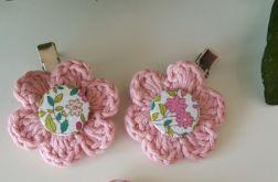 Różowe spineczki