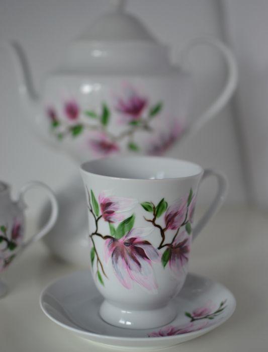 """Filiżanka 300 ml ze spodkiem ,,Różowa magnolia"""" - W zestawie"""