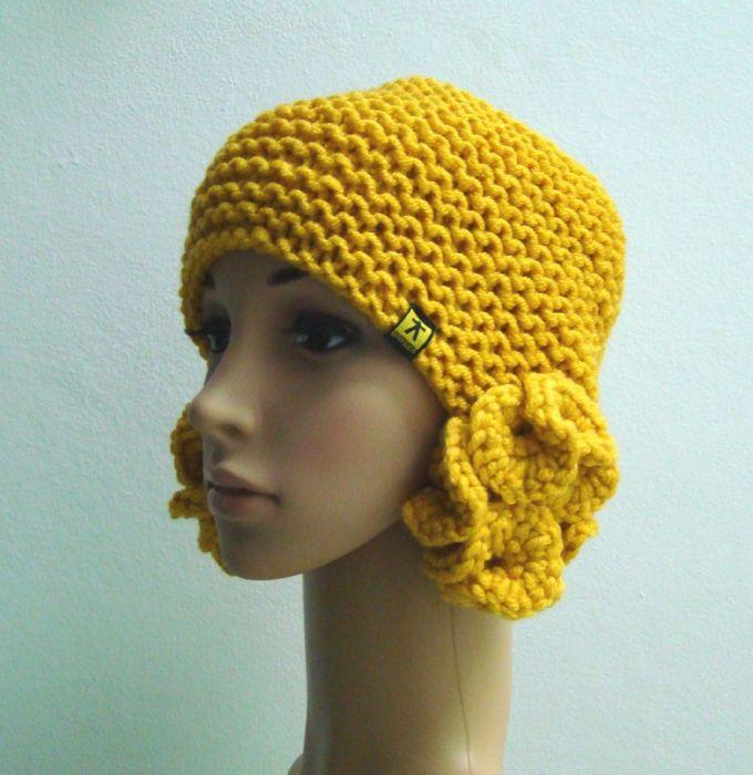 czapka miodowa z nausznikami-meduzami