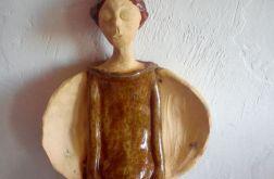 anioł ceramiczny Izydor