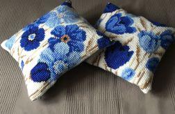 Poduszka niebieskie kwiaty