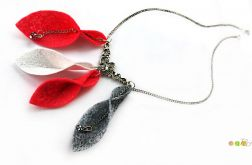Naszyjnik z filcu na łańcuszku czerwony