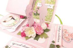 #616 EXPLODING BOX - róż z zielenią