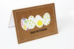 Białe jajka w zielone kropki kartka