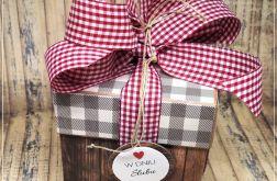 Ślubny xploding box z motywem kratki i drewna