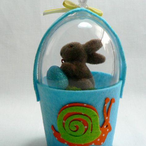 Jajko w filcowym koszyku (niebieski)