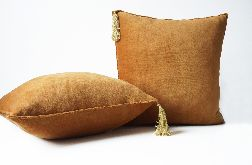 Poduszka welurowa - cynamon z chwostem 50x50