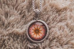 Srebrzysty Naszyjnik z Makramy Mandala