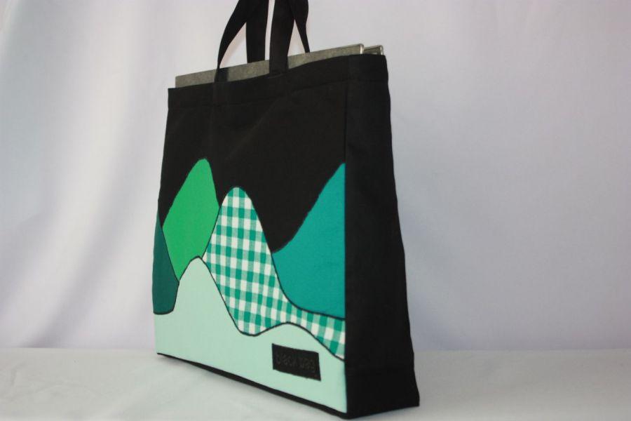 torba czarna worek góry za dnia- na Fundację