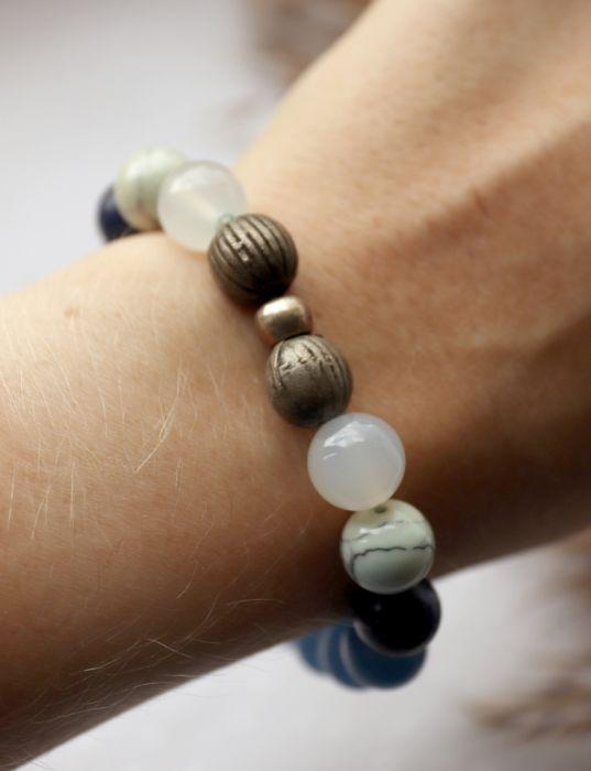 Bransoletka z kuleczek agatu, jadeitu, lapisu - Niebieskie kule w bransoletce na rękę