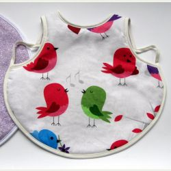 Śliniak - Ptaszki z fioletem otulone kremem