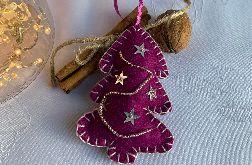 Dekoracja świąteczna z filcu z ozdobnymi cekinami - wzór 016