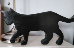 Czarny, drewniany Kotek