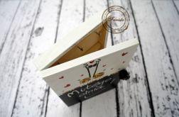 pudełko na klucze z tablicą żyrafy dwie