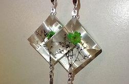Szmaragd - kwadratowe kolczyki z żywicy i srebra
