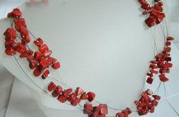 Czerwony koral, delikatny naszyjnik z koralem